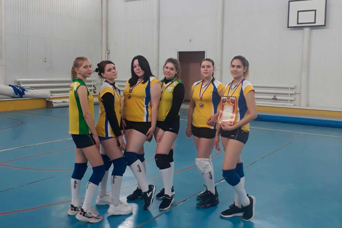 открытый районный турнир по волейболу среди девушек