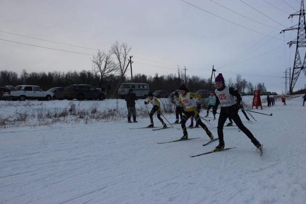 Лыжники Сергиевского района открыли зимний сезон