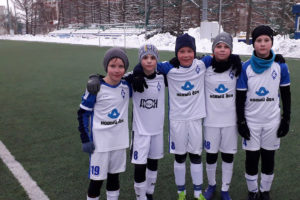 На фото Богданов Никита второй слева